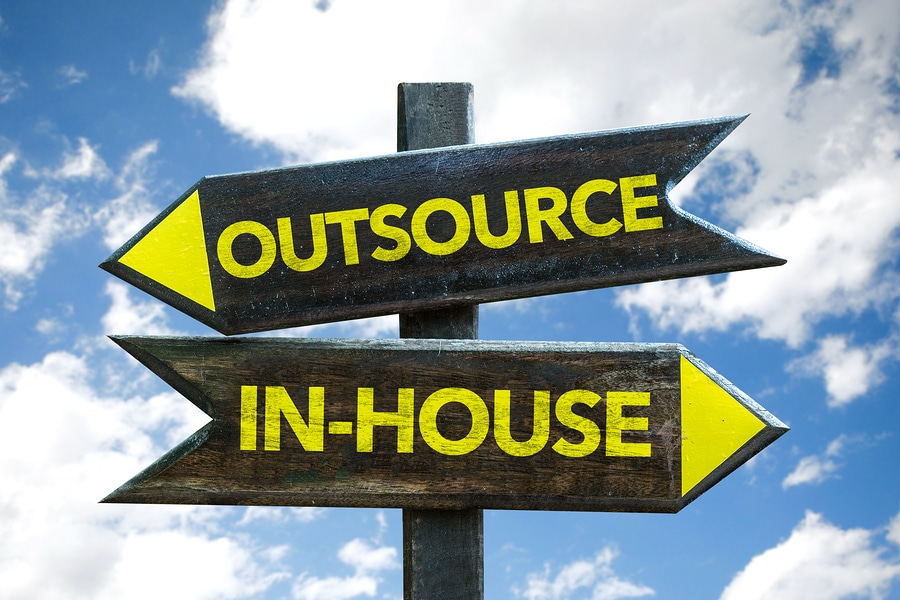 Keeping the overview in an outsource service desk environment using a cloud contact center solution